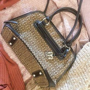 BRAND NEW Giani Bernini purse handbag 😍💖